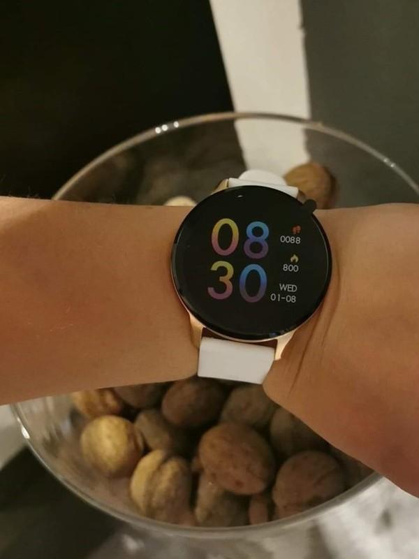 Montre Oozoo smartwatch connectée Q00111