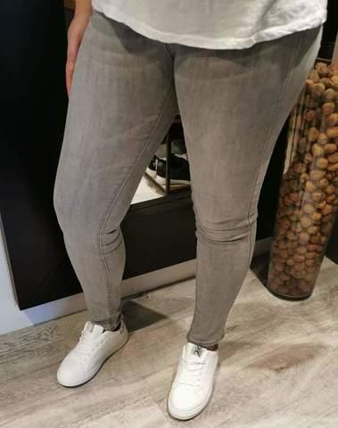 Jeans gris