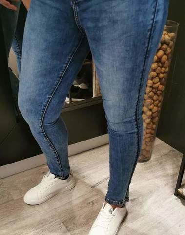 Jeans bleu effet délavé
